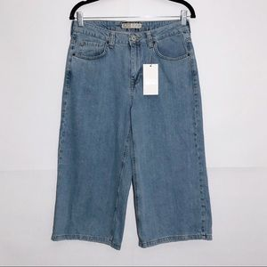 ZARA Cropped Wide Leg High Rise Jeans Size M